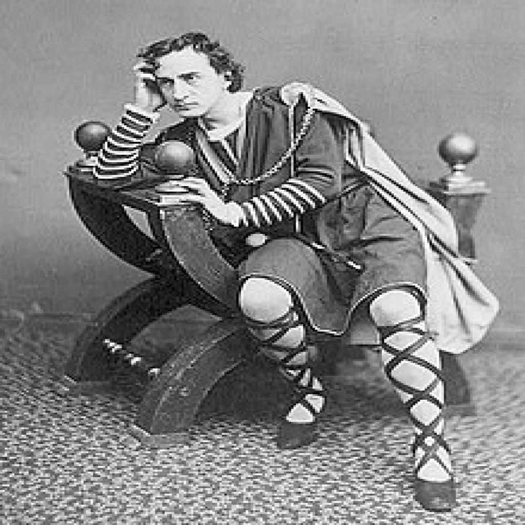 HAMLET BY WILLIAM SHAKESPEARE: AN ANALYSIS-Edwin Booth as Hamlet (1870).jpg